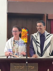 Jessica Bennett and Rabbi Schell at her Bati.